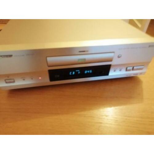 -, te koop Pioneer DV-717 High End CD / DVD Speler